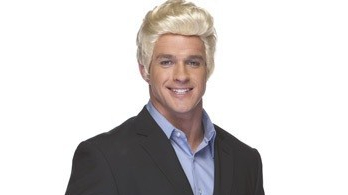 blonde-salesman-wig-1