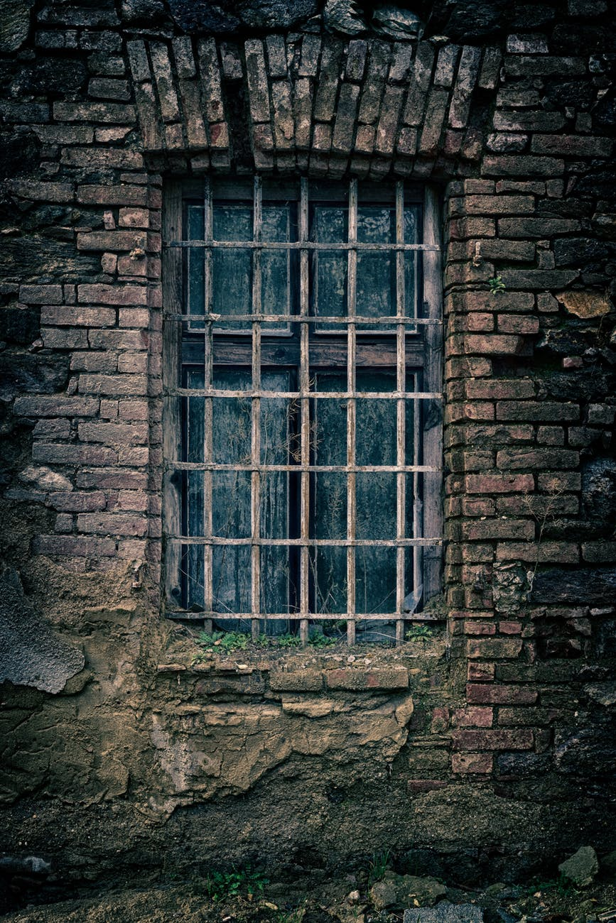 abandoned ancient antique architecture
